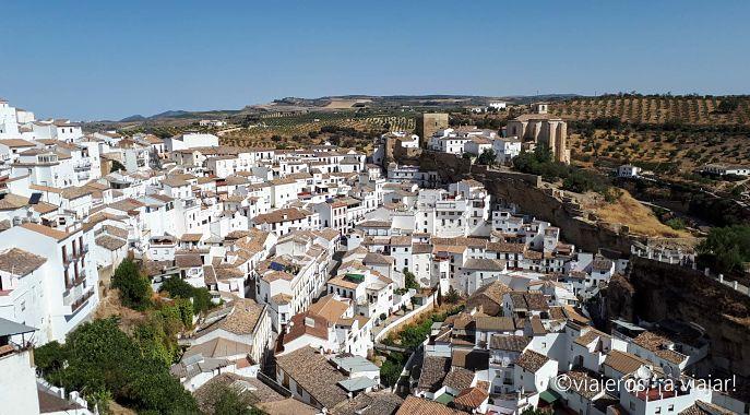 Pueblos Blancos. Setenil