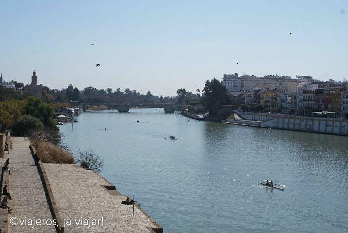 El Guadalquivir desde puente de Triana, Sevilla