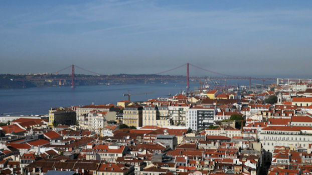 Vista del Tajo y Lisboa
