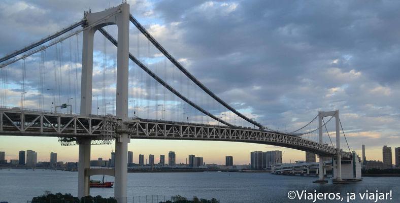 Tokio. Puente Rainbow