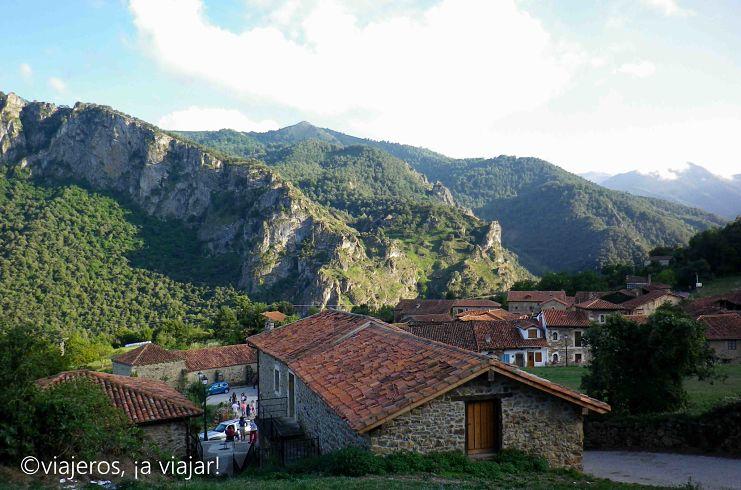 Cantabria - pueblos. Mogrovejo