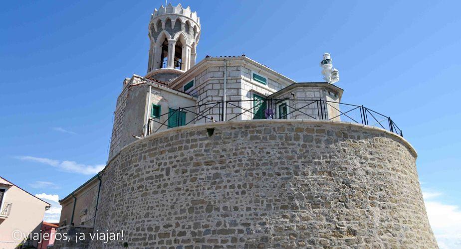 Iglesia de San Clemente de Piran