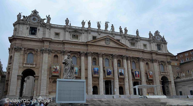 Basílica San Pedro en Roma. Iglesias